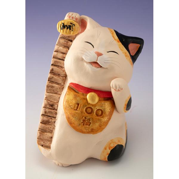 もりわじん手びねり作品「百段階段福招き猫」